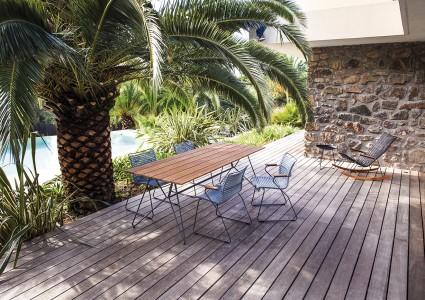 Click Stühle auf der Terrasse